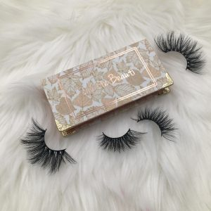 gold pringting lash boxes